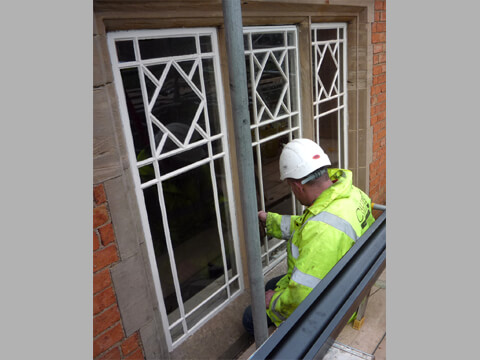 We glazed and installed the new windows using traditional methods and materials.